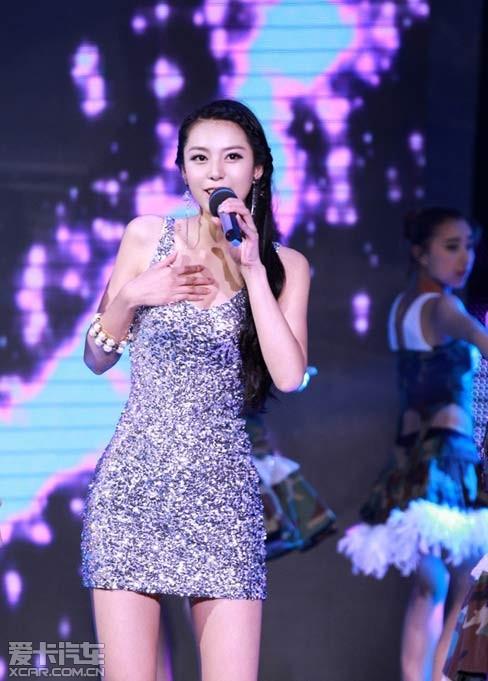 中国第一黄金比例美女 爱卡汽车