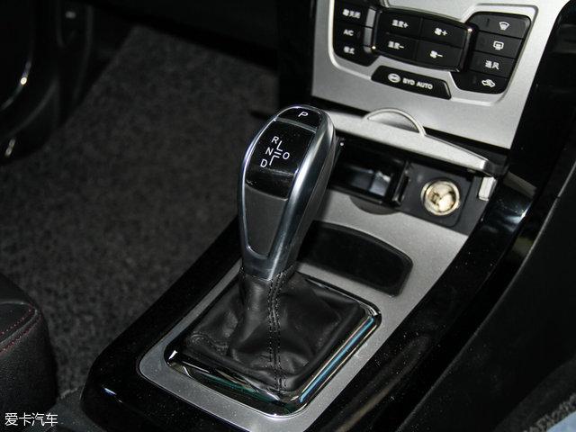比亚迪汽车2016款比亚迪e5