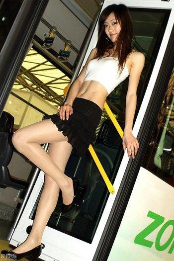 上海巴士长腿美女lulu
