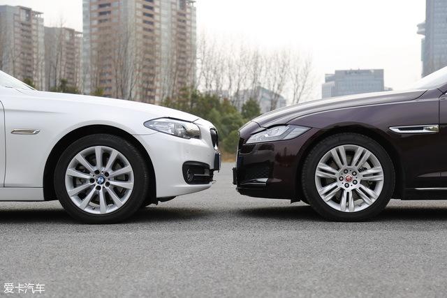 两车的车头高度大体一致,但是XF L给人的感觉更低,这种感觉主要是由于捷豹独特的大面积镀铬中网所造成的视觉效果。