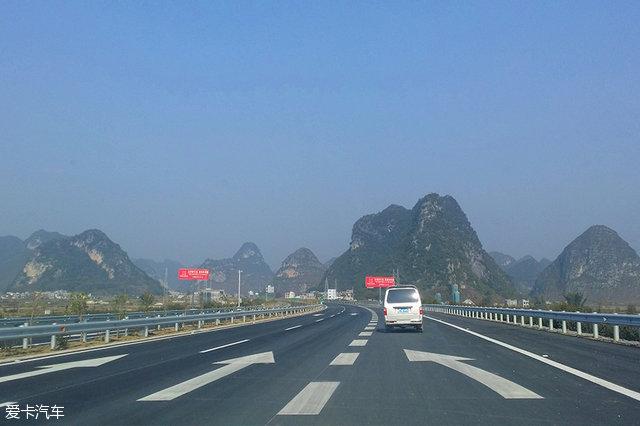 北京大外环高速公路规划总里程942km,其中约850km在河北境内.-
